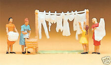 Preiser 14050 Women hanging laundry 1:87 suberb detail