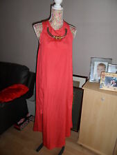 LOVELY BOO HOO LONG CORAL DRESS WITH NECKLACE TRIM SIZE 8 GREAT CONDITION