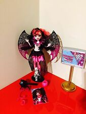 Monster High Ghouls Rule Draculaura Halloween conjunto en muy buen estado Completo T3
