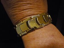 VTG-Circa 1948 MONET Gold Tone Link Bracelet w/Safety Chain & Hook Closure  N/R