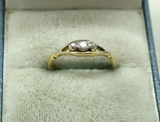 Vintage / Antique 18ct Gold Traditional Three Stone Diamond Ring