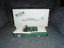 DANBURY MINT 1957 FORD FAIRLANE 500 SKYLINER 1/24 SCALE