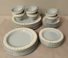 6 Place Settings Wedgwood Embossed Queensware Cream on Lavender Smooth Edge 30pc