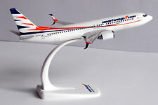 Smart Wings Boeing 737-800 1:200 Herpa Snap-Fit 610780 FlugzeugModell NEU B737