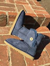 $140 Ugg Australia Short Bailey Button Blue Suede Winter Boots Big Kids Us 4