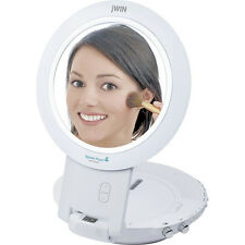 Jwin Shower Radio AM FM CD Player Mirror Hang or Countertop