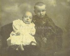 CABINET CARD PHOTO: Sickly PRE MORTEM SIBLINGS posed against POIGNANT BACKDROP