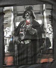 Star Wars Darth Vader Cell Phone Camera T Shirt Small NWT