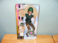 2000 AAFES Special Edition Barbie FIRST AID FOOD DROP PARATROOPER #29474 NEW
