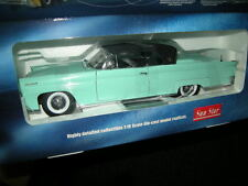 1:18 Sun Star Lincoln Continental MK III 1958 light green/hellgrün OVP