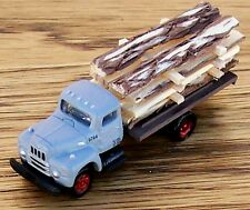 N Classic Metal Works- GRAY UNDEC 6 Wh Flat Bed Truck with Rough Cut Lumber Load