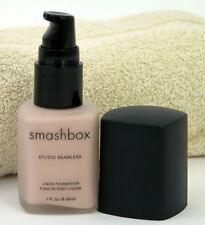SmashBox Liquid Studio Seamless Foundation 1.25 Petal 1 oz Satin Finish Makeup