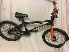 DK General Lee Bmx Se Freestyle Flatland Complete GT