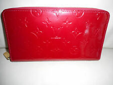 AUTHENTIC LOUIS VUITTON VERNIS RED ZIPPY ORGANIZER WALLET CLUTCH