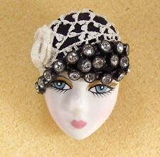 LADY HEAD FACE Porcelain-Look brooch pin Figural Vintage Crochet Hat Flapper RS