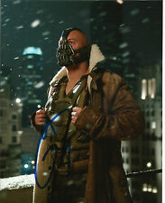 """Tom Hardy Signed 10X8 PHOTO In Person The Dark Knight Rises """"Bane"""" (S)"""