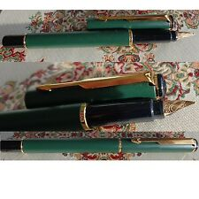 Parker Rialto Füllfederhalter (M)  Farbe : matt grün