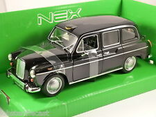 AUSTIN FX4 LONDON TAXI 1/24 scale model by WELLY