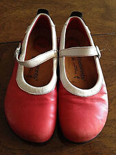 FOOTPRINTS by BIRKENSTOCK Women's Size 7 Euro 37 Medium Flats Red Leather Shoes