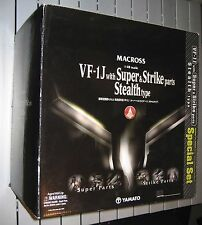 Yamato MACROSS 1/48 SUPER STEALTH VALKYRIE w/ STRIKE PARTS! RARE + HARD TO FIND!