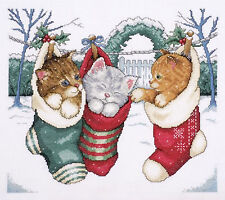 Cross Stitch Kit ~ Design Works Cozy Kittens Cats in Christmas Stockings #DW5979