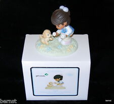 GIRL SCOUT - PRECIOUS MOMENTS - SHARE THE LOVE - GIRL SCOUTS - MINT IN BOX