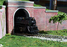 HO Scale Brick Portal and Retention Wall Set