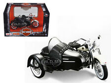 1958 HARLEY DAVIDSON FLH DUO GLIDE W SIDE CAR 1/18 MOTORCYCLE BY MAISTO 03176