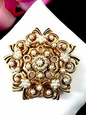 GORGEOUS FLORENZA GOLD-TONE ORNATE TIERED FILAGREE FAUX SEED PEARL LINK BRACELET