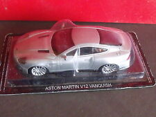 ASTON MARTIN V12 VANQUISH JAMES BOND 007 CAR Modellino 1:43 Die Cast - RARE!!