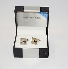 New in Box Men's Onyx Silver Tone Cuff Links Set by GEOFFREY BEENE
