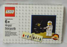 Lego Exclusive Vintage Retro White Spaceman Minifigure Set 5002812 Classic Space