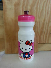 NIRVE DESIGN HELLO KITTY WATER BOTTLE 24OZ