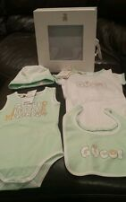 New Baby Girl Infant Gucci Playsuit Bib hat Size 18-24 Months Gift Set box $245