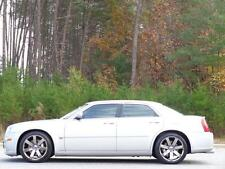 Chrysler : 300 Series SRT8 w/Sunro