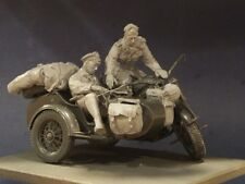 AC Models WW2 German Zundapp Riders 2 figures + stowage 75mm Unpainted resin kit