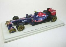 Toro Rosso STR8 No.19 Daniel Ricciardo Formula 1 2013