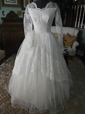 VINTAGE 50'S LACE &TULLE  CUSTOM MADE WEDDING DRESS SIZE S EXCELLENT