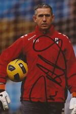 FULHAM: KEVIN HITCHCOCK SIGNED 6x4 ACTION PHOTO+COA