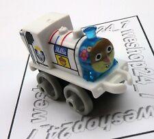 THOMAS & FRIENDS Minis Train Engine 2016 SPONGEBOB Millie as Sandy ~ NEW