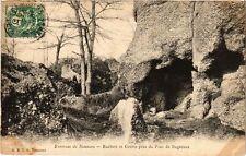 CPA  Environs de Nemours - Rochers et Grotte prés du Pont de Bagneaux  (249727)