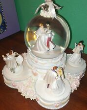 RARE Disney Princesses WEDDING. CAKE DANCE Musical Rotation Figurines Snowglobe
