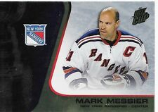 02/03 Quest for the Cup Gold Mark Messier /325 67 Rangers