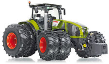 Wiking 1:32 Claas Axion 950 avec jumelle pneumatiques