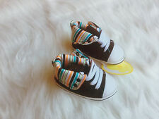 BNIB Baby Boy Canvas High Tops Shoes, size 3-6-9-12 months size 2.3.4