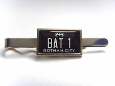 BATMAN BATMOBILE NUMBER PLATE BADGE TIE SLIDE TIE GRIP PIN BAR GIFT