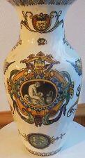 vase de gien decors renaissance XIX angelots  - signature au TROIS TOURS