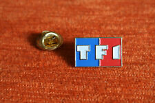 05237 PIN'S PINS TELE TV TF1  LOGO RARE 19 x12 mm