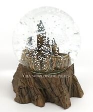 NEW Universal Studios Wizarding World of Harry Potter Hogwarts Castle Snow Globe