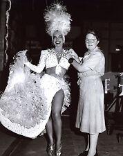 Carmen Miranda Leggy 8x10 photo T3534